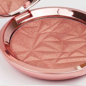 Becca Blushed Copper Shimmering Skin Perfector